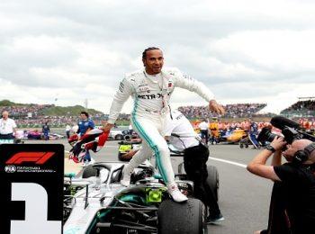 Hamilton tetap waspada terhadap Red Bull dan Ferrari