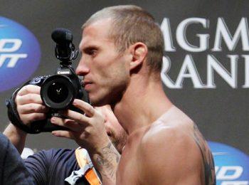 McGregor dan Cerrone Bertemu di UFC 246