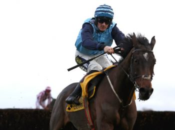 Riders Onthe Storm Menang Ascot Chase
