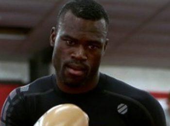 Hall Menghancurkan Silva Di UFC Vegas 12